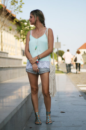 fringe H&M bag - H&M shorts - strappy H&M top - metallic Mango sandals