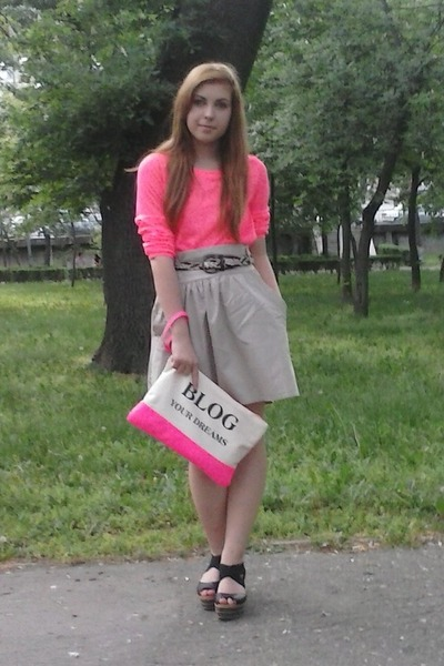 hot pink Bershka bag - tan skirt - black deichman sandals - hot pink H&M blouse