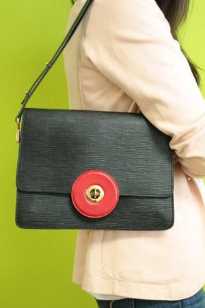 epi Louis Vuitton bag