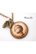 MadamLili necklace
