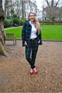 Red-gucci-bag-black-hermes-belt-red-zara-heels-white-h-m-blouse