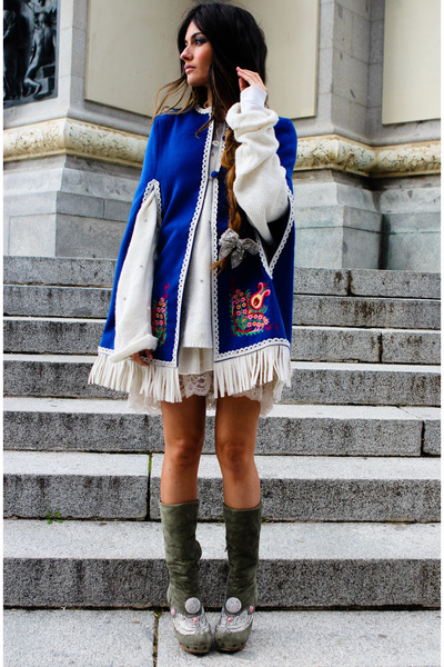 Manoush-boots-kling-coat