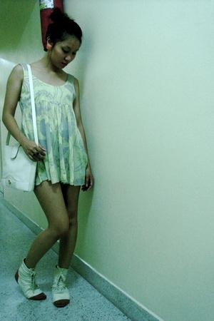 Pastel tunic