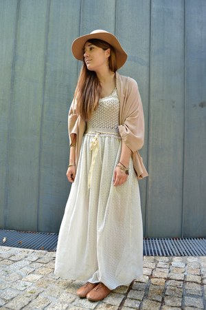 tan vintage dress - Primark hat - Zara blazer