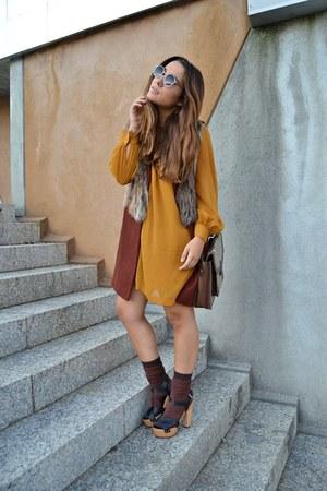 Zara dress - Lefties socks - Zara sandals