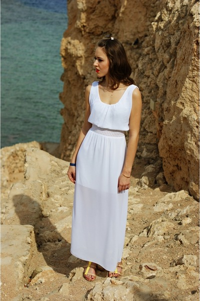 white fashionique dress
