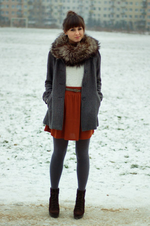 gray H&amp;M coat - brick red Zara skirt - cream H&amp;M top