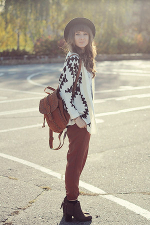 Chicwish cardigan - Chicwish bag