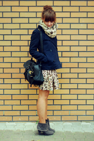 blue H&M jacket - beige Zara skirt