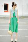 Green-romwe-dress-beige-venezia-bag
