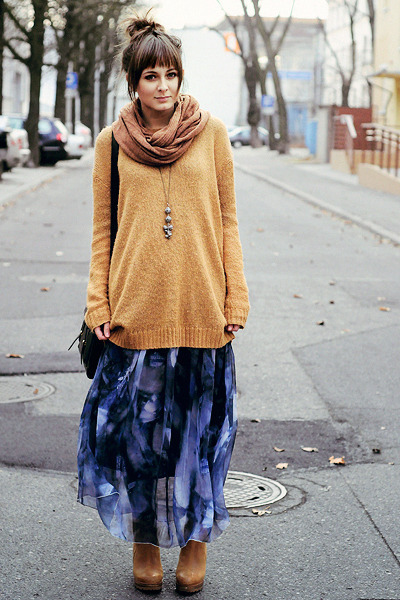 blue romwe skirt - mustard Cubus sweater