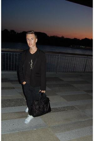 asos ring - gift jeans - H&M blazer - Tatuum bag - DIY t-shirt
