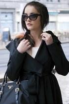 coat - black xoxobagnet bag