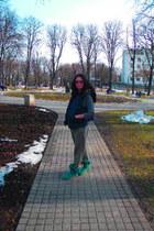 Ugg boots - Zara sweater - Tommy Hilfiger hoodie