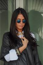 vintage glasses - H&M sweater - Campo di Fiori shirt