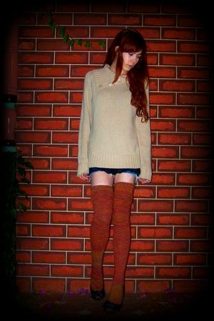 beige sweater - black top - blue shorts - orange socks - black shoes