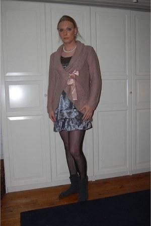 Ellos cardigan - Ellos dress - H&M stockings