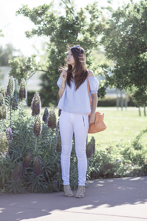 white moto Hudson jeans - sky blue H&M top
