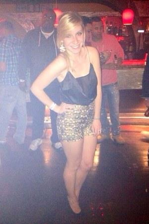 gold Forever 21 shorts - black asos top