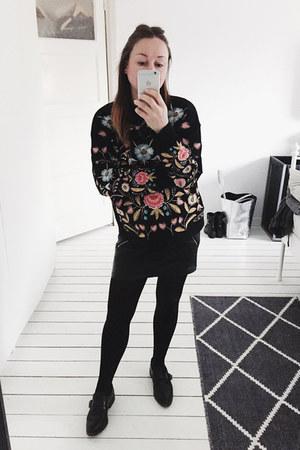 black embroidered zaful jumper