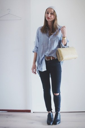 light blue boyfriend Zara blouse - black croc leather Senso boots