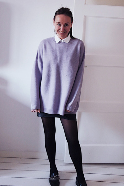 black faux leather H&M skirt - periwinkle knit asos sweater