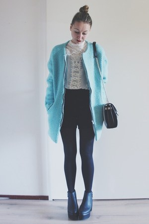 sky blue fluffy Sheinside coat - black platform Monki boots