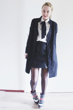 black long Agna K blazer - white with bow Sheinside blouse