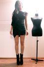 Black-maiden-dress