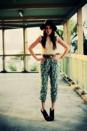 black fedora vintage hat - teal peacock print In&Out HK pants - ivory stretchy w