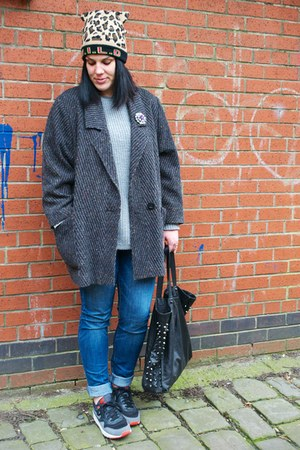Primark jeans - vintage coat - Primark hat - Primark bag - new look jumper