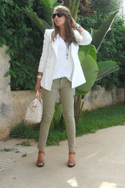 White Blazer Off Shirt Bag Olive Green Pants
