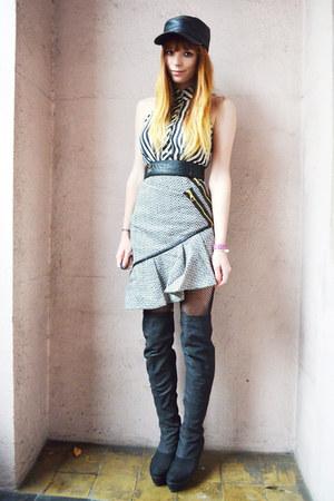 Three Floor dress