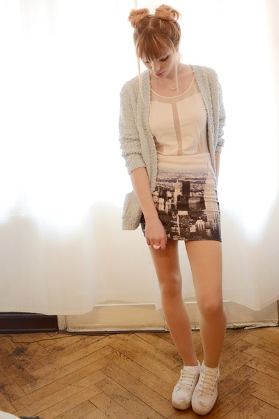new york print skirt