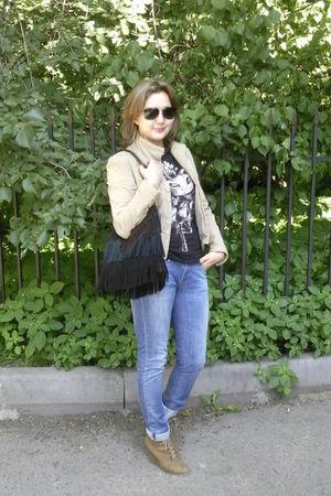 beige Mango jacket - beige Zara boots - blue Zara jeans - brown Tosca Blu purse