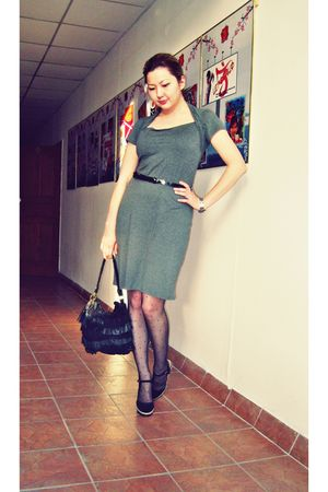 gray Zara dress - black Topshop tights - black Tosca Blu purse - black asos shoe