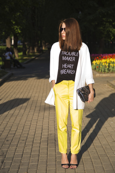 yellow Zara pants - white Stradivarius blazer - black H&M t-shirt