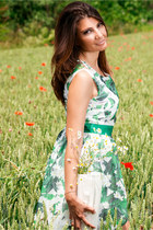 green Oasapcom dress