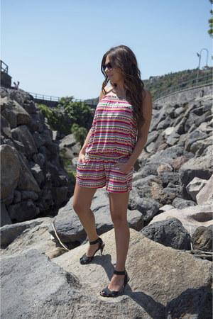 hot pink Ysabel Mora swimwear - black Dolce & Gabbana sandals