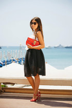 black OASAP skirt - red Gemelle Toscane purse - red tory burch sandals