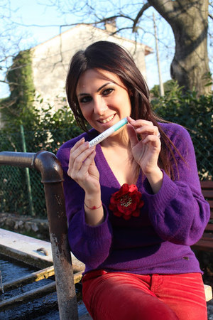 purple Dolce & Gabbana sweater - red Miss Sixty pants