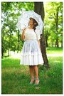 Aquamarine-vintage-hat-white-vintage-blouse-sky-blue-burberry-vintage-skirt