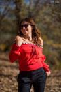 Red-sheinside-sweater-black-messyweekend-sunglasses