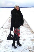 black boots - black bag
