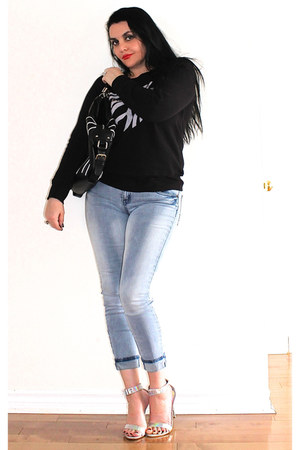 black GlamorChic top - light blue Buffalo jeans - black LABELSHOEScom bag