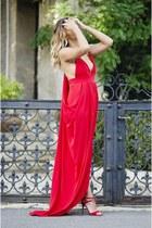 red Fashion Frenzzie dress - red Jessica Buurman sandals