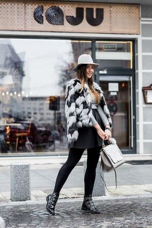 black Jessica Buurman boots - black Voglia jacket