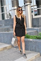black shein dress - silver Marc by Marc Jacobs shoes - black Freyrs sunglasses