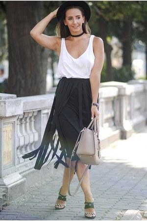black paul andrew sandals - black romwe skirt