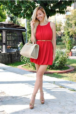 red HiFashion dress - beige dash bag
